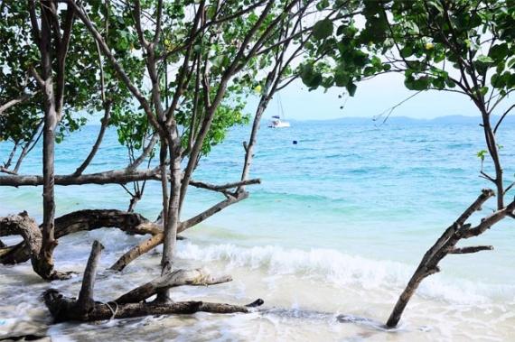 Tenta Resort Playa Phuket Tailandia