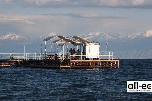 Lago Issyk Kul Kirguistán